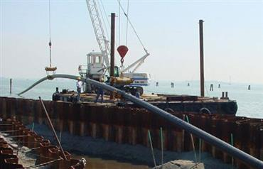Maritime construction work and stabilising marine beds